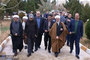 مزار دو شهید گمنام در دانشگاه آزاد اسلامی واحد گرمسار گلباران شد