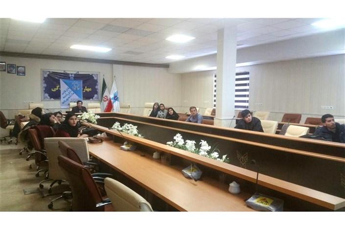 کارگاه آموزشی روزنامه نگاری در واحد اردبیل