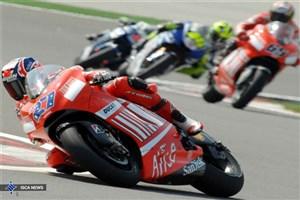 موتورسواران برتر ریس معرفی شدند/ رقابت بانوان موتور سوار در پیست کراس آزادی
