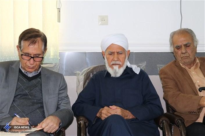 دیدار و ملاقات جمعی از اعضای دانشگاه آزاد اسلامی اوز با امام جمعه اوز