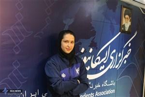 تاجیک:  خارجی ها ما را برای داشتن حجاب تشویق می کنند