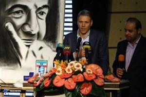 فان باستن: گزارشها نشان میدهد ایرانیها چقدر عاشق فوتبالند/ از حامیان و مشوقان تیم ایران هستم