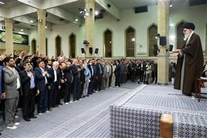 جمعی از مداحان و ذاکران اهلبیت از سراسر کشور با رهبر معظم انقلاب اسلامی دیدار کردند