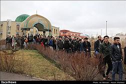 مراسم بدرقه اردوی راهیان نور با حضور بیش از 600 نفر از دانشجویان پسر دانشگاه های استان در دانشگاه آزاد اسلامی اردبیل