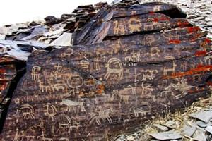 سنگ نگاره ها؛ موزه هایی در دل طبیعت