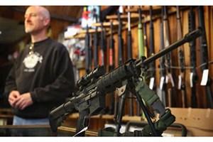 مخالفت معلمان آمریکایی با تجهیز مدارس به سلاح