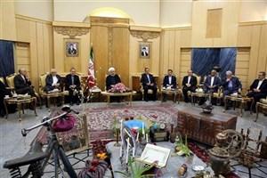 دستور کار سفر، توسعه روابط همه جانبه تهران، باکو و عشق آباد است