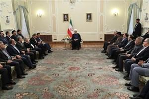 تعامل سازنده با همسایگان و جهان از سیاستهای اصولی ایران اسلامی است