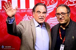 اولیور استون  به  جشنواره جهانی فیلم فجر آمد