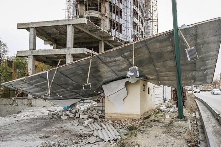۱۲ واحد مسکونی در قروه بر اثر طوفان خسارت دید