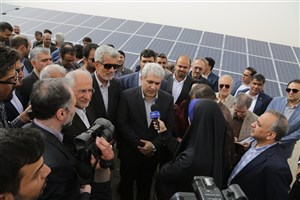 بهرهبرداری رسمی از نخستین نیروگاه خورشیدی ۱۰ مگاواتی در زاهدان