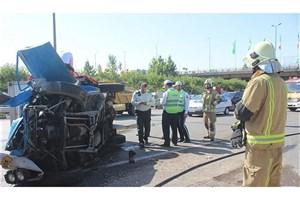در واژگونی  تویوتا  وانت یک نفر  کشته و ۸ مصدوم  بجا گذاشت