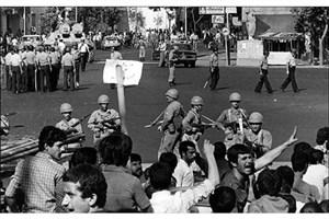 واقعه 15 خرداد در«نقطه عطف» شبکه یک واکاوی می شود
