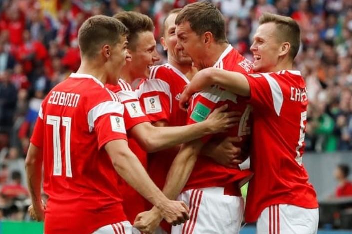 جام جهانی 2018-روسیه آتشبازی میزبان در بازی اول/ عربستان پرچم آسیا را پایین کشید