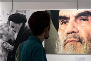 امام خمینی (ره) بدون واسطه با قلب ملت ایران ارتباط برقرار کردند