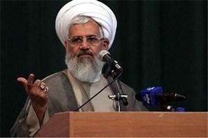 اگر ایران ضعیف بود، آمریکا تا این حد دست و پا نمیزد