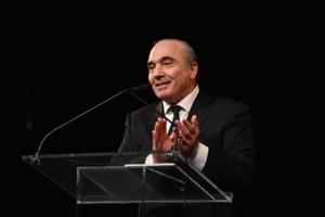 میلیاردر ایتالیایی، آمریکایی تمام سهام باشگاه میلان را می خواهد!