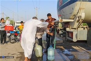 آبرسانی با 56 تانکر سیار در شهرها و روستاهای آبادان و خرمشهر