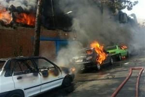 کارخانه مواد شیمیایی و تولید رنگ در جاده کرج آتش گرفت