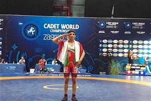 کسب مدال طلای جام جهانی کشتی فرنگی توسط دانش آموز سما  واحد دزفول