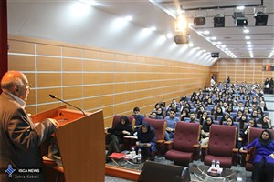دانشجویان برتر، اعضای واقعی هیات رئیسه دانشگاه علوم پزشکی آزاد اسلامی تهران هستند