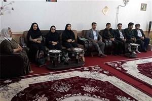 رئیس دانشگاه آزاد بوکان با خانواده شهدا دیدار کردند