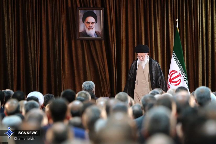 دیدار وزیر امور خارجه و سفرای کشور با رهبر معظم انقلاب