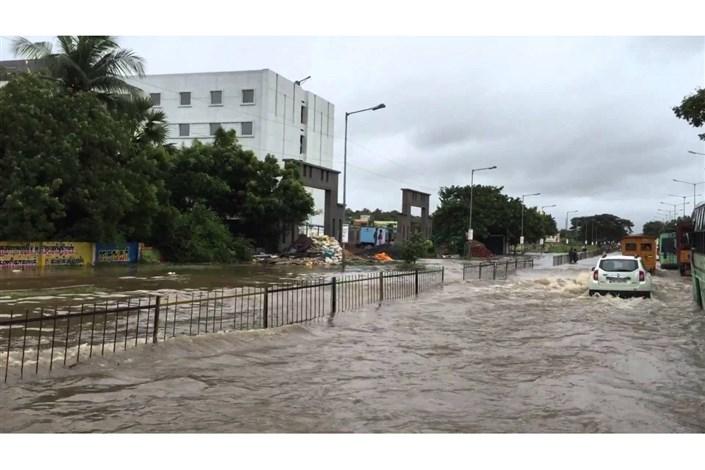 پیش بینی رگبار شدید و  احتمال سیلاب ناگهانی در مسیلها و رودخانهها