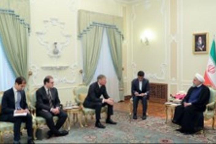 روحانی در دیدار سفیر جدید انگلستان در تهران:
