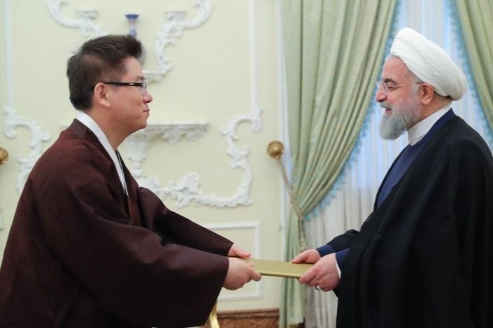 رئیس جمهور هنگام دریافت استوارنامه سفیر جدید کره جنوبی در تهران: