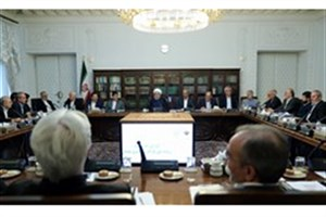 «همتی» گزارش چالشهای نظام بانکی را ارائه کرد