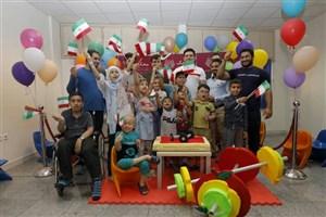 تمرین تیم ملی وزنهبرداری  با کودکان محک