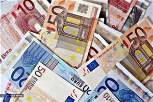 توازن بازار با عرضه ارز پتروشیمیها در سامانه نیما