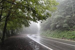 ادامه بارش برف و باران در جاده ها/ ترافیک نیمه سنگین در بزرگراه تهران-کرج