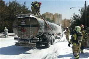 تانکر ۳۰ هزار لیتری بنزین آتش گرفت