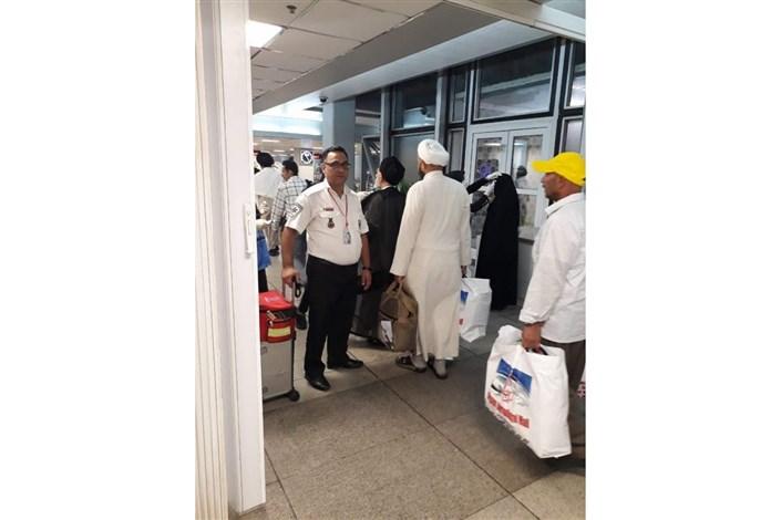 استقرار آمبولانس C.B.R.N در فرودگاه امام خمینی(ره)