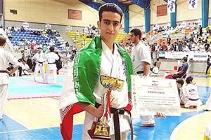 درخشش دانشجوی واحد خمینی شهر در مسابقات کاراته خاورمیانه