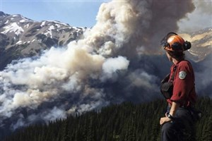 ادامه آتش سوزی شدید در جنگل کانادا