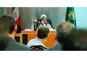 مشایی به دادگاه انقلاب منتقل شد/وکلای متهم عزل شدهاند