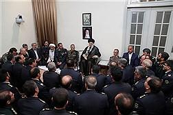 دیدار فرماندهان قرارگاه خاتم الانبیاءِ ارتش با رهبر معظم انقلاب