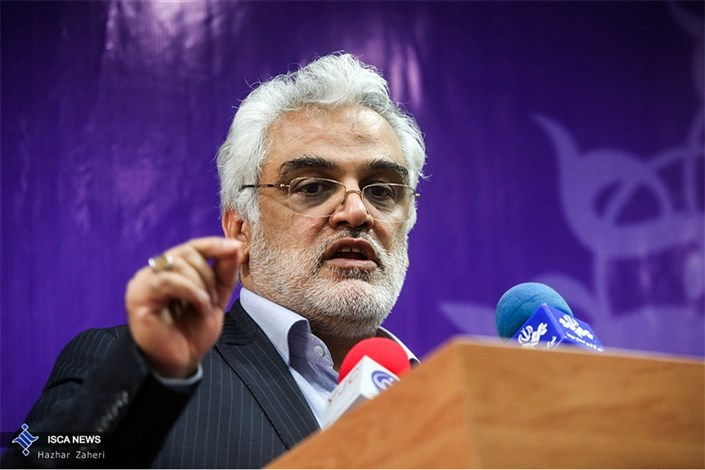 ارتقای ساختار مرکز سنجش و پذیرش دانشگاه آزاد اسلامی/ مدیریت واحدها را به غیرحرفهای ها نمیسپارم