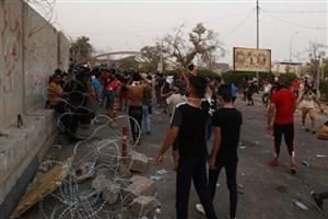حمله  معترضان در بصره  به کنسولگری ایران