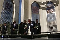 آیین اهتزاز پرچم 1000 متری یا حسین (ع) در تهران