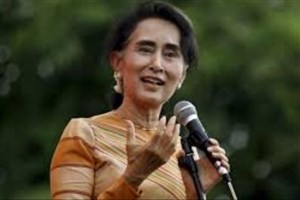 آنگ سان سوچی از محکومیت دو خبرنگار رویترز دفاع کرد