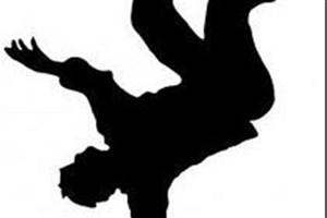 مرگ پیمانکار جوان در سقوط از شیروانی