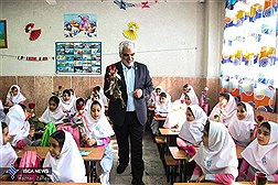 زنگ آغاز سال تحصیلی مدارس سما کشور با حضور رئیس دانشگاه آزاد