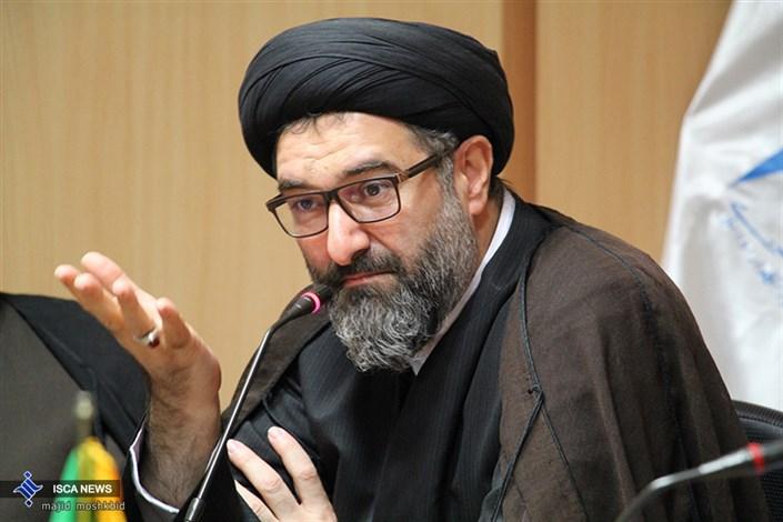 حجت الاسلام صفوی نماینده نهاد در دانشگاه آزاد اسلامی استان گیلان