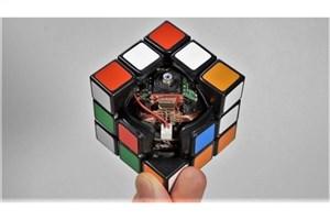 مکعب روبیکی که به طور خودکار حل میشود