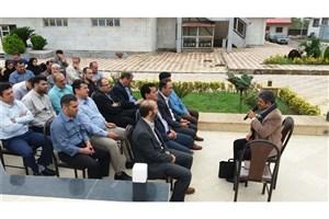 جلسه خاطره گویی دفاع مقدس در دانشگاه آزاد اسلامی واحد بندر انزلی برگزار شد