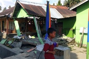 تعداد جانباختگان زلزله در اندونزی به 832 نفر افزایش یافت